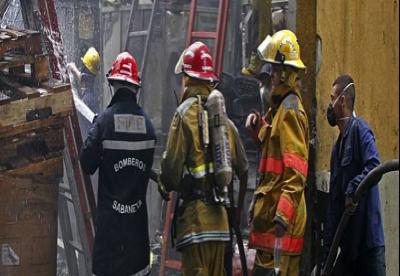Incendio en empresa de textiles